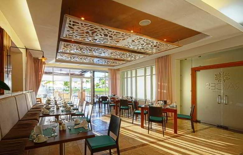 del Mar by Joy Resorts - Restaurant - 4