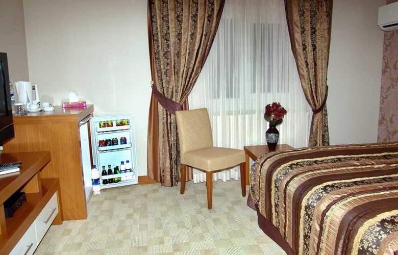 BC Hotel - Room - 5