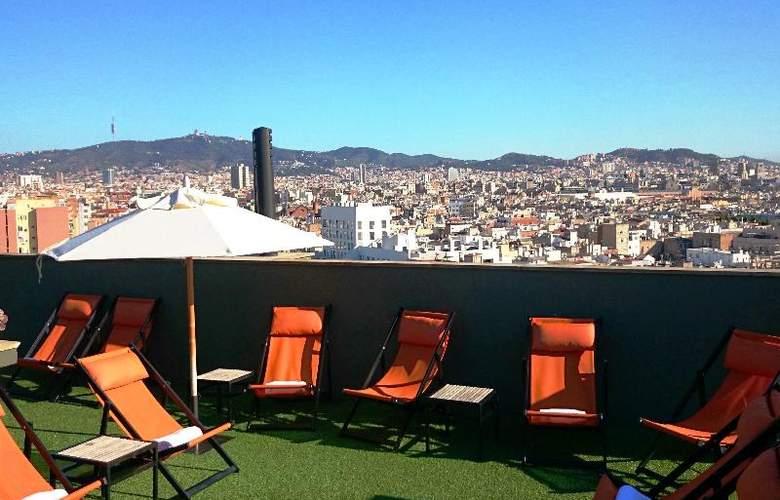 Barcelona Universal - Terrace - 101