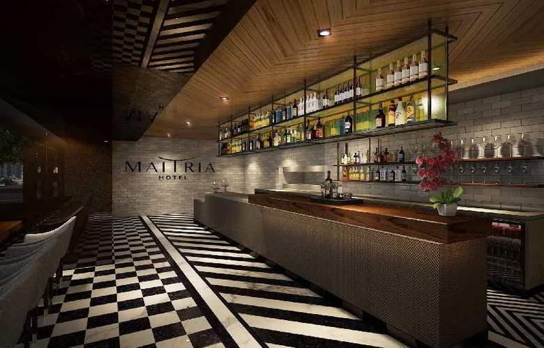 Maitria Hotel Sukhumvit 18 - Bar - 27