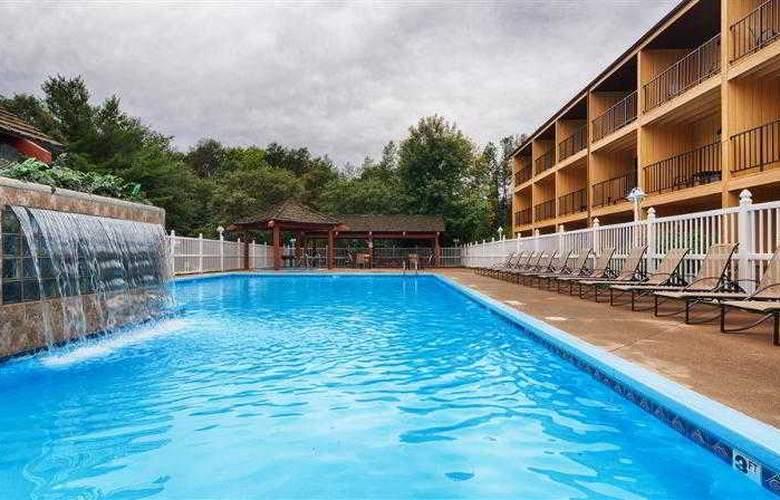 Best Western Ambassador Inn & Suites - Hotel - 57