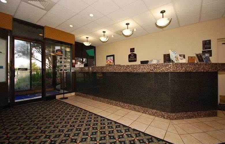 Best Western Springfield - Hotel - 0