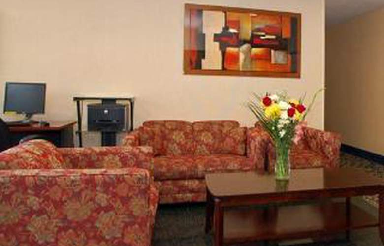 Comfort Inn JFK Airport - General - 1