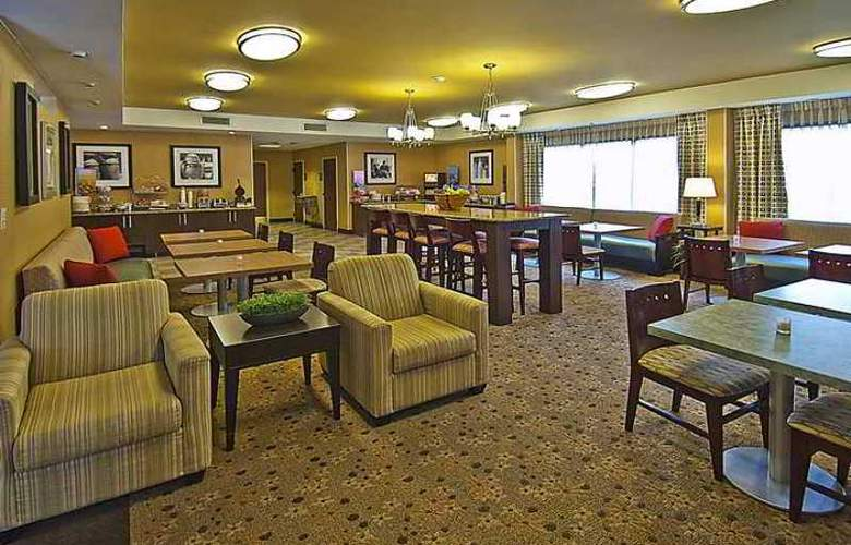 Hampton Inn Biloxi/Ocean Springs - Hotel - 1