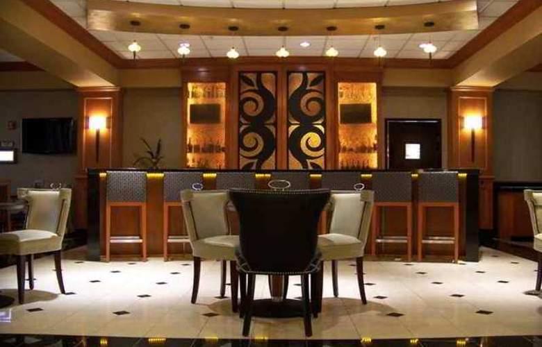 Hilton Garden Inn Las Colinas - Hotel - 7