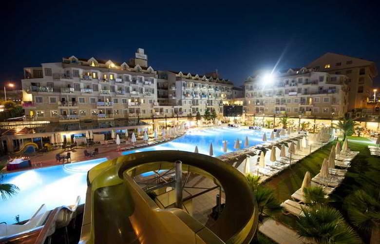 Diamond Beach Hotel - Hotel - 10