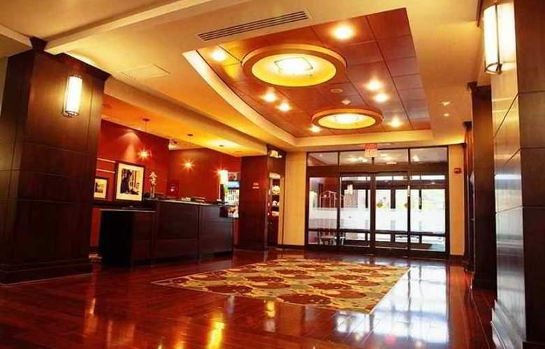 Hampton Inn & Suites Detroit-Canton - Hotel - 0