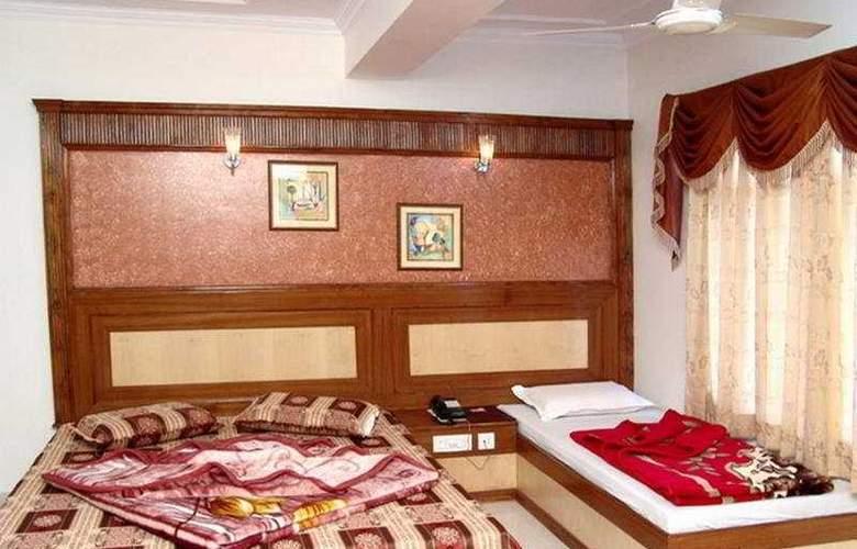 C Park Inn - Room - 6