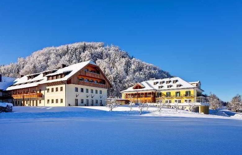 Sheraton Fuschlsee - Salzburg Hotel Jagdhof - Hotel - 4