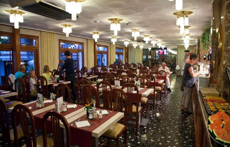 Neptuno Calella - Restaurant - 30