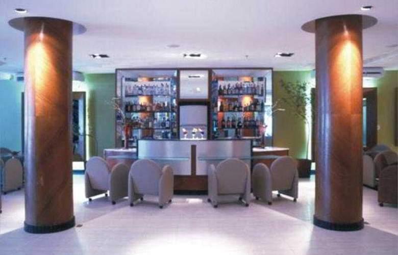 Vila Rica Hotel - Bar - 3