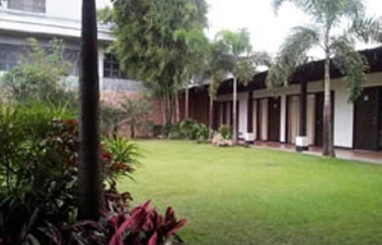 Fernandina Garden Suites - Hotel - 1