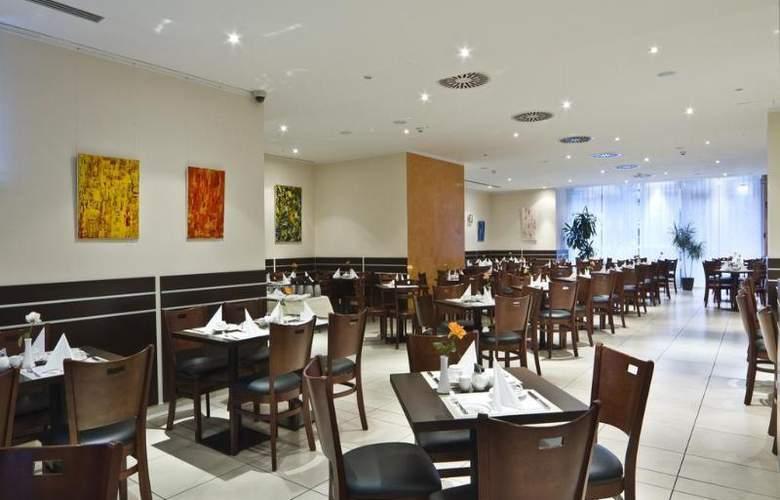 Ivbergs Htl Premium - Restaurant - 11