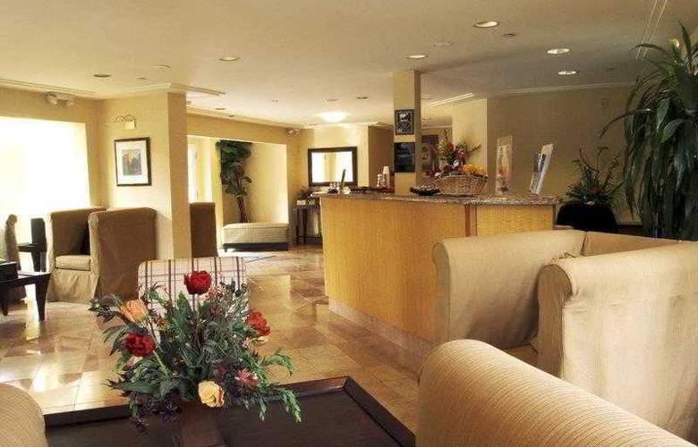 Best Western Plus Mountain View Inn - Hotel - 20