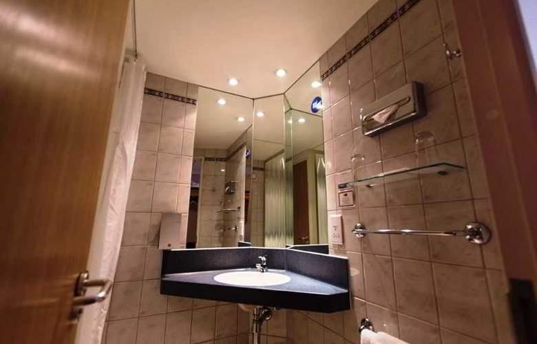 Holiday Inn Express London Stratford - Room - 13