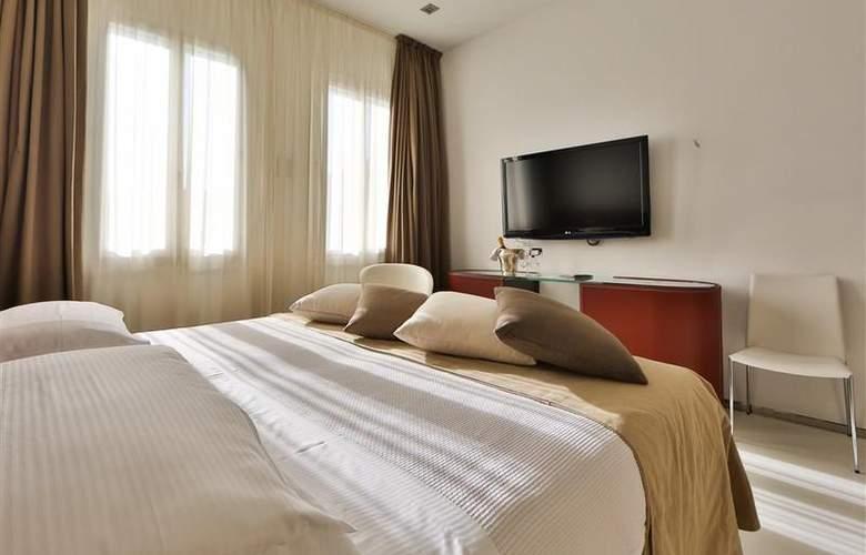 Biasutti - Room - 10