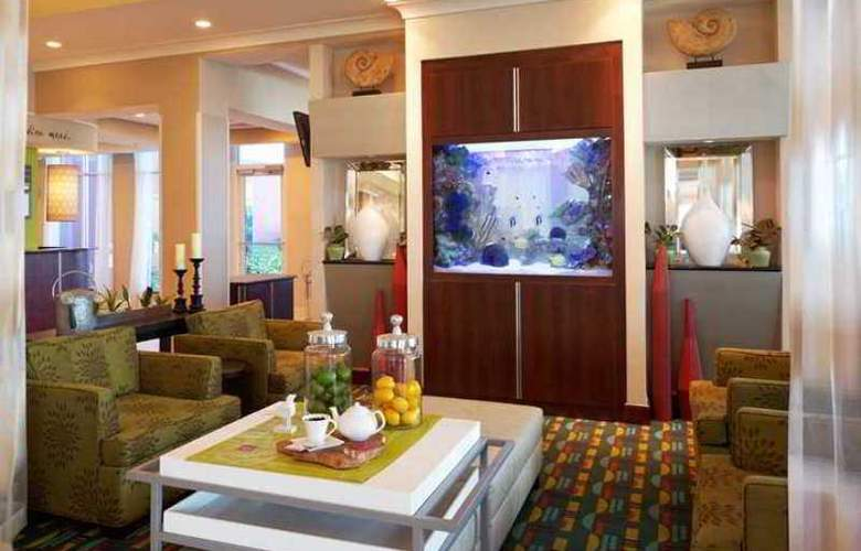 Hilton Garden Inn Tampa Airport Westshore - Hotel - 3