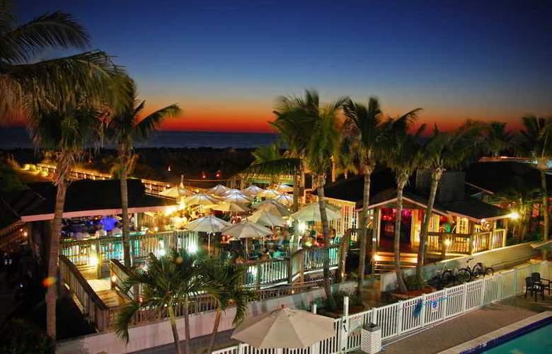 Beachcomber Beach Resort & Hotel - Bar - 7