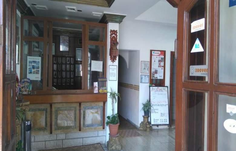 Karyatit Otel - General - 4