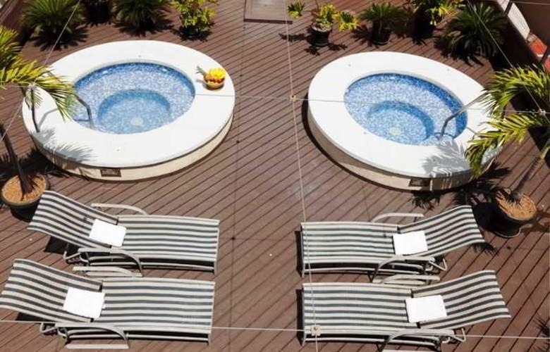 Eurobuilding Express Maracay - Pool - 3
