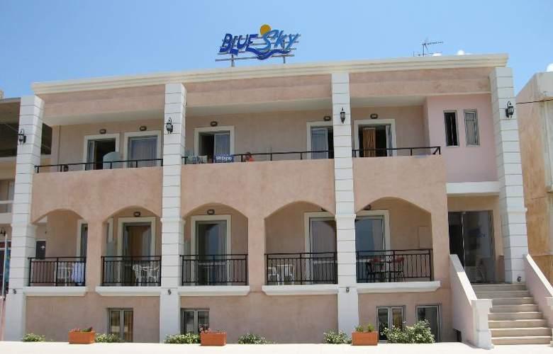 Blue Sky Apartments - Hotel - 6