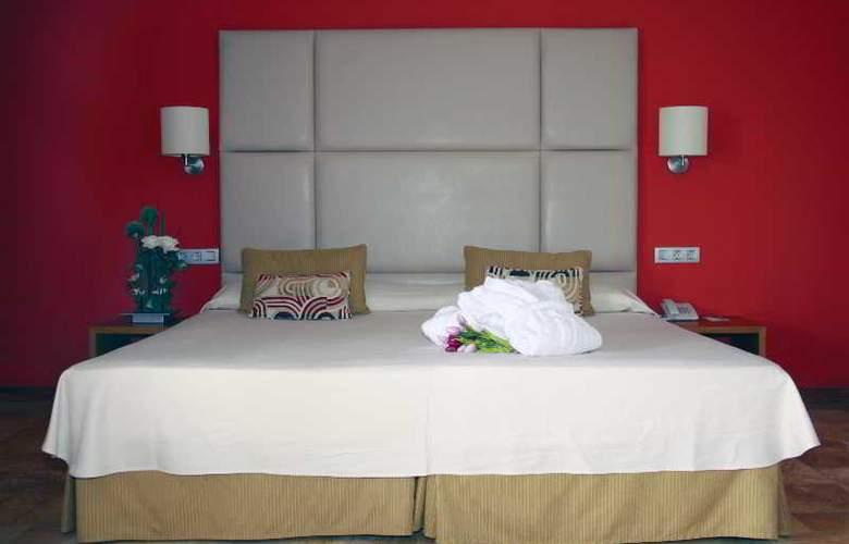 Port Ciutadella - Room - 13