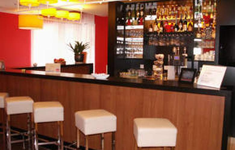 Star Inn Hotel Budapest Centrum - Bar - 3