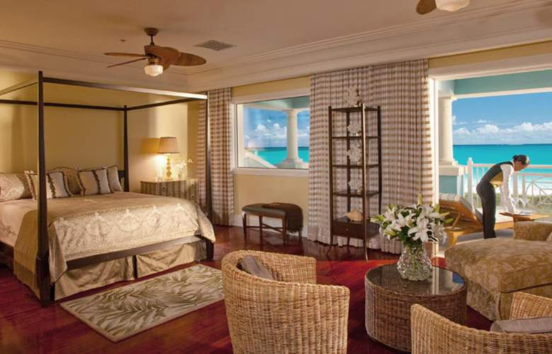 One & Only Ocean Club - Room - 0