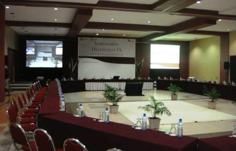 Mision Los Cocuyos - Conference - 3