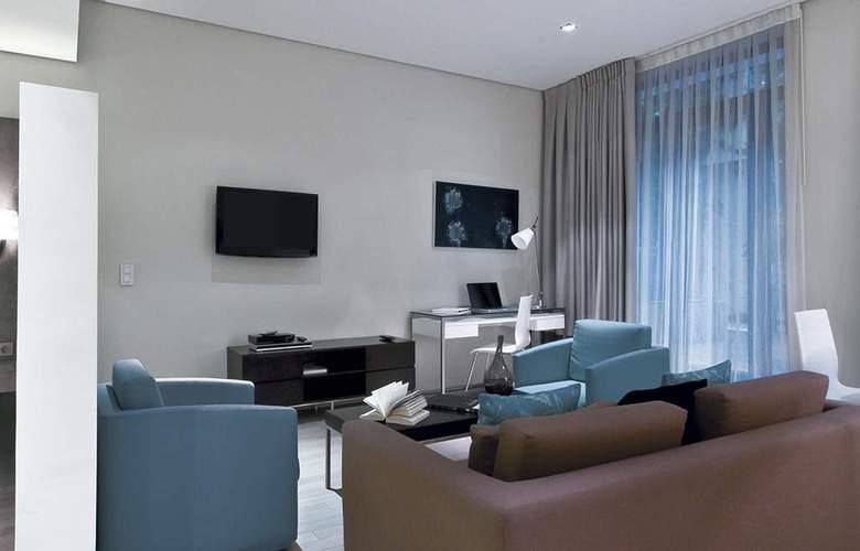 B Aparthotel Grand Place - Room - 1