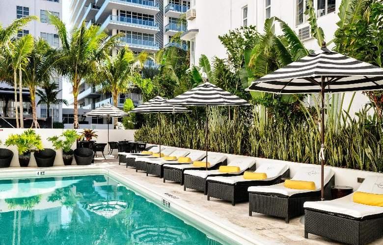 Croydon Miami Beach - Pool - 14