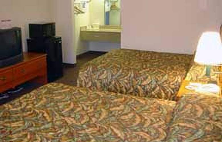 Econo Lodge North - Room - 4