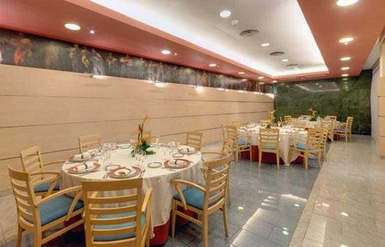 Tryp Port Cambrils Hotel - Restaurant - 21