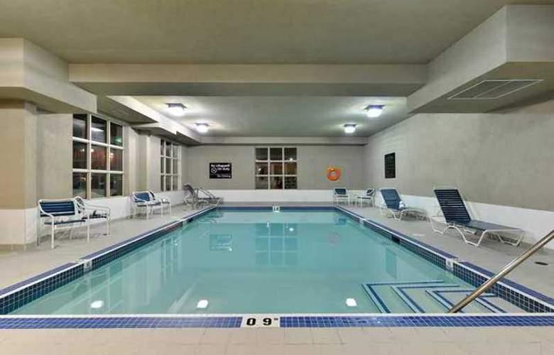 Hampton Inn & Suites by Hilton Edmonton - Hotel - 1