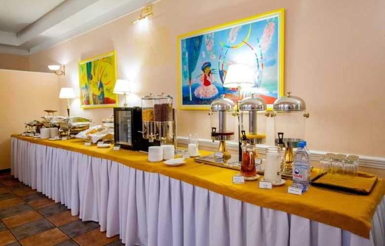 Nowy Efendi - Restaurant - 11