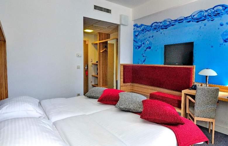 Rebro Hotel - Room - 12