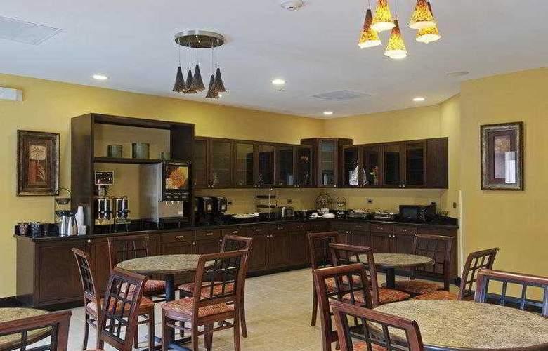 Best Western Plus Cecil Field Inn & Suites - Hotel - 3