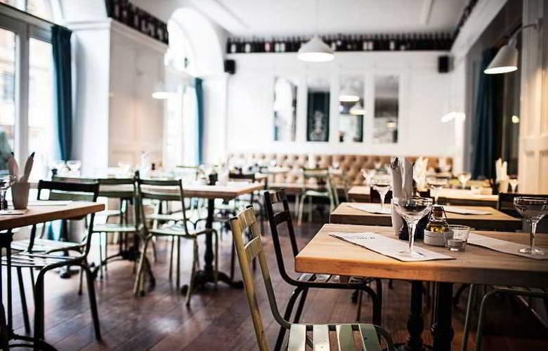 First Hotel Kong Frederik - Restaurant - 23