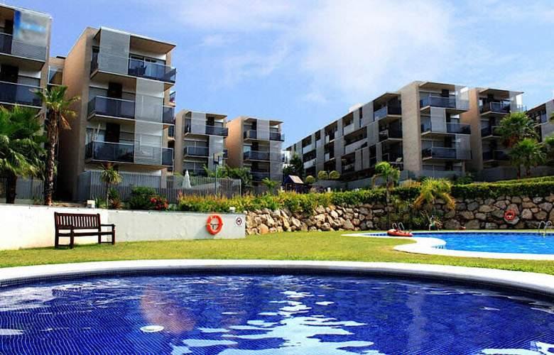 Paradise Village - Hotel - 0