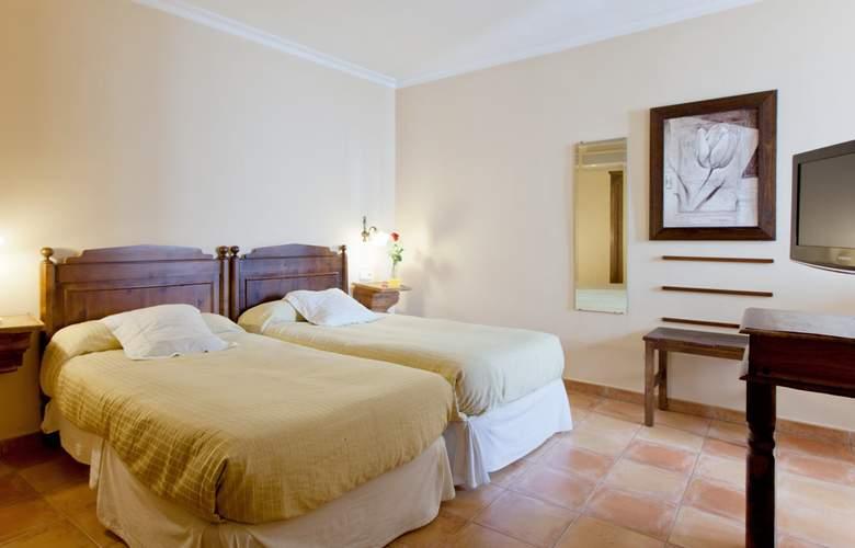 Don Carlos - Room - 6