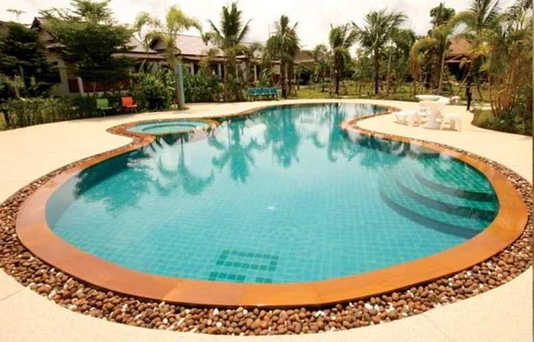 Yuwadee Resort - Pool - 10