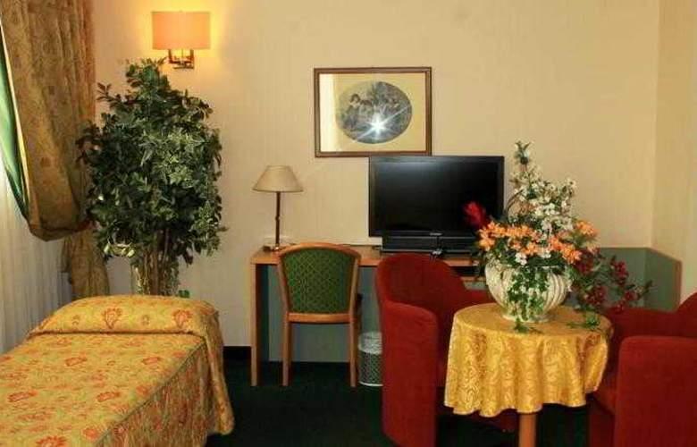 Rege Hotel & Residence - Room - 4