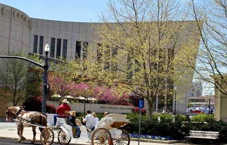 Courtyard Nashville Brentwood - Hotel - 3