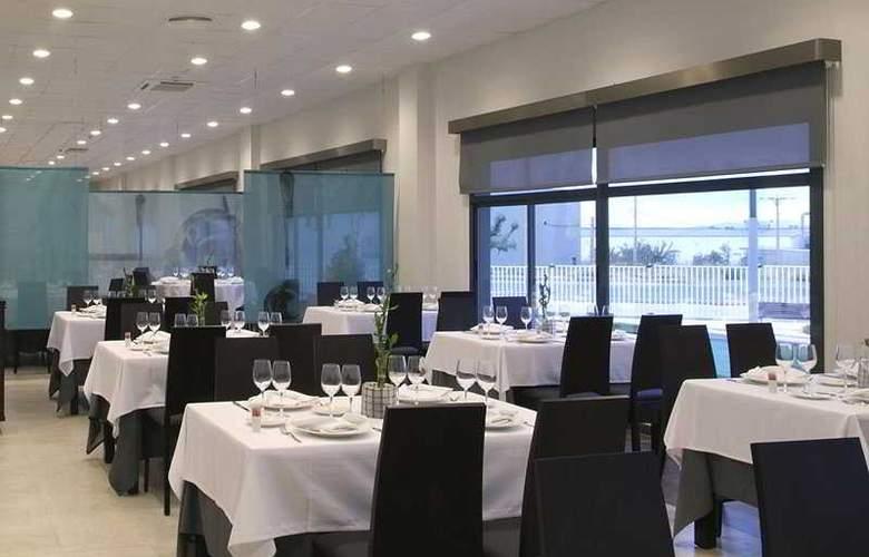 Nova Senia - Restaurant - 7