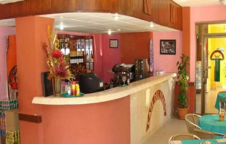 Hotel Caribbean - Bar - 3