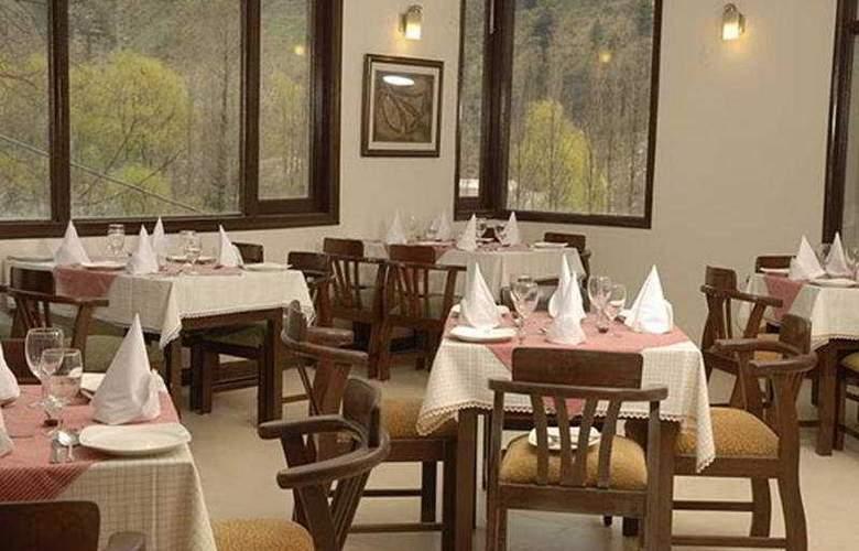 Mapple The River Crescent Resort - Restaurant - 9