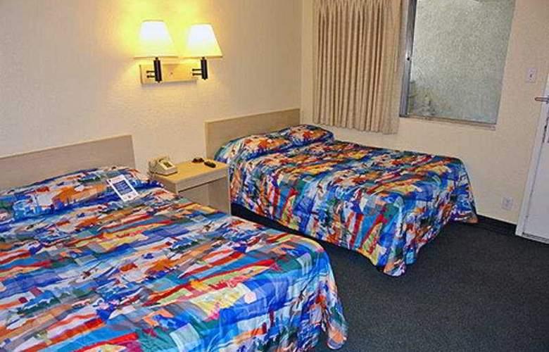 Motel 6 Big Bear - Room - 2