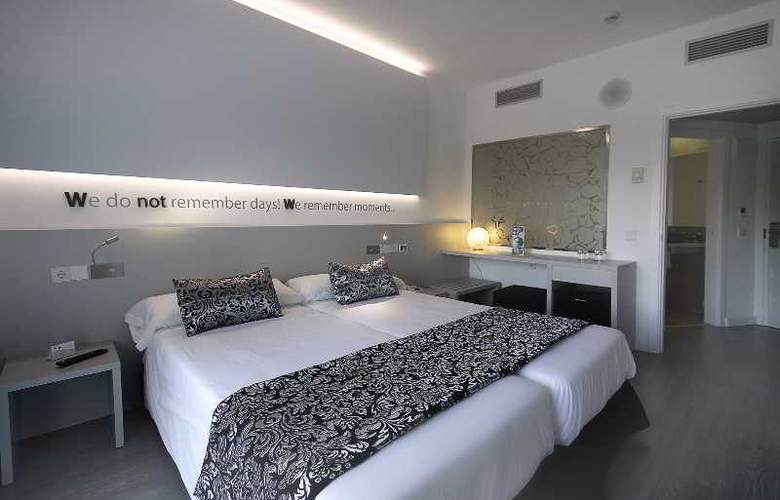 BG Hotel Pamplona - Room - 9
