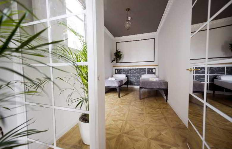 Barcelona Suites - Room - 32