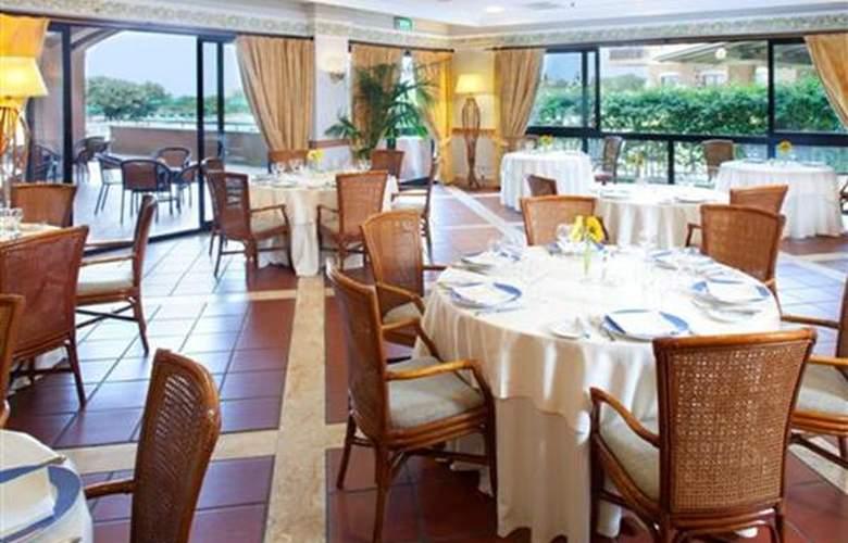 Golden Tulip Resort Marina di Castello - Hotel - 2